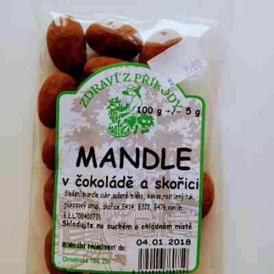 Mandle v čokoládě a skořici